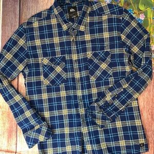Quicksilver men's Modern Fit Flannel Shirt Large